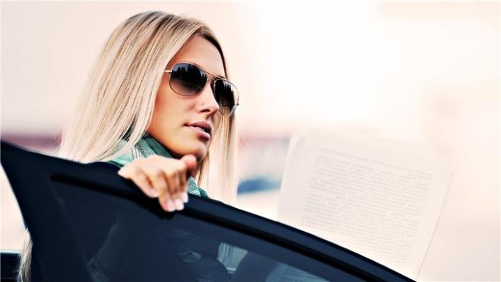 Аренда автомобиля для женщины