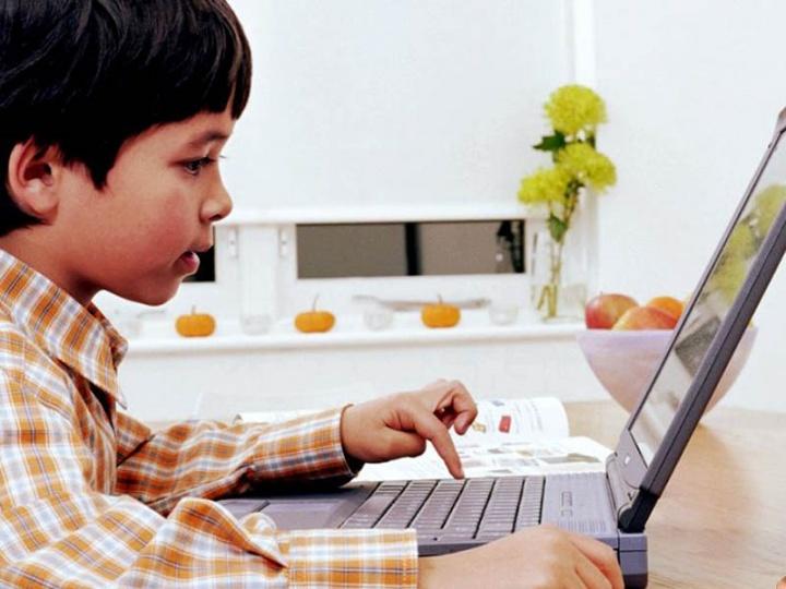 Влияние информационных технологий на здоровье подростков