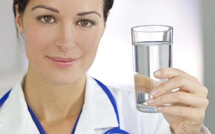 Почему необходимо пить воду, с пользой для организма.