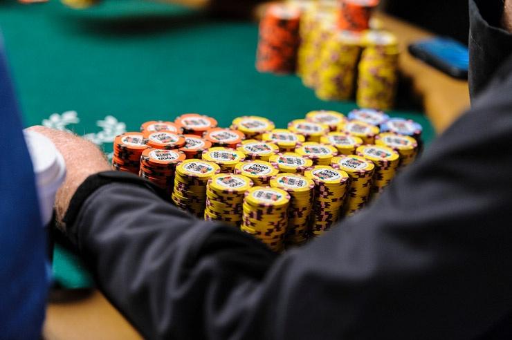 Покер – путь к успеху!